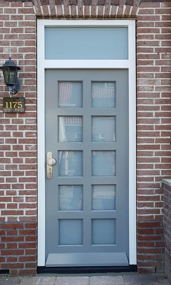 Voordeur in Delft, Zuid-Holland