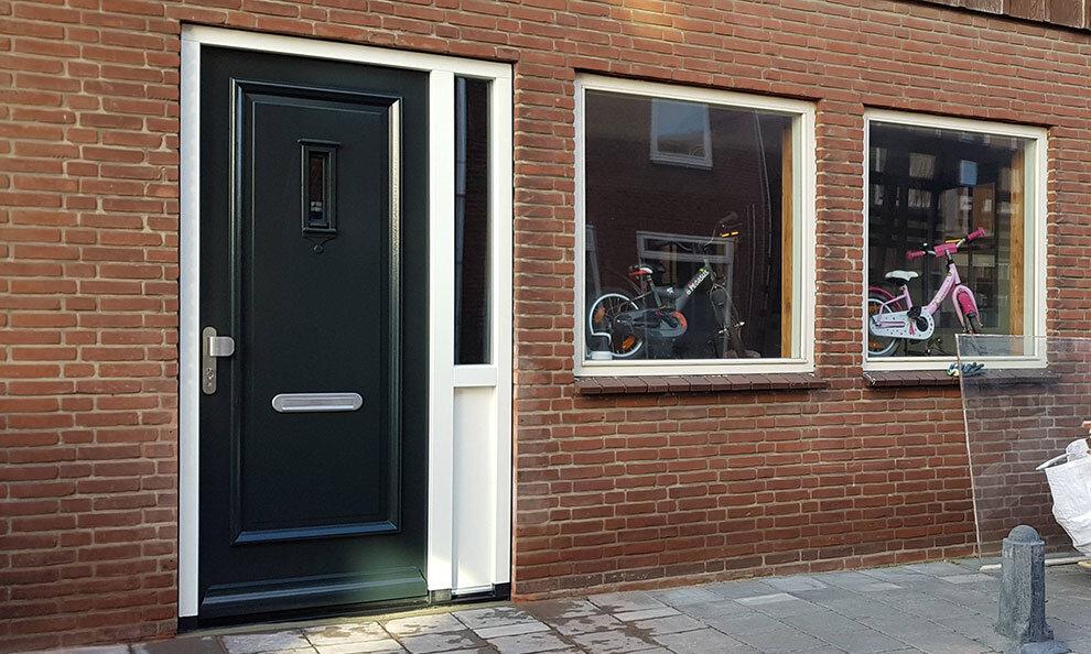 Voordeur in Dordrecht, Zuid-Holland